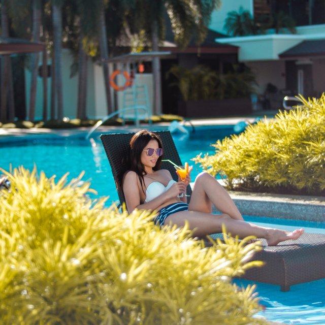 swimming-pool-image-4
